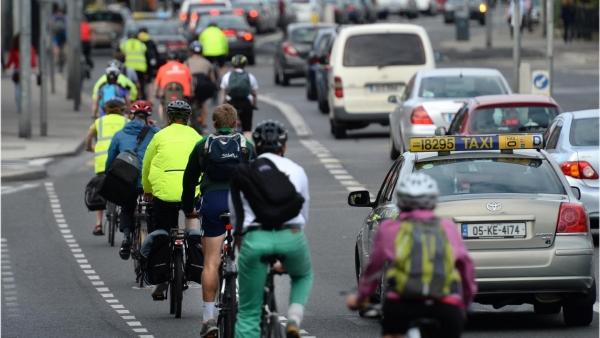 Дорогу велосипедистам!  Почему новое правительство Ирландии так симпатизирует велосипедистам и пешеходам